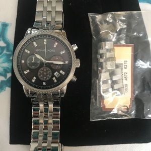 Micheal kors Mother of pearl watch